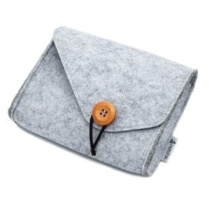 Small felt bag for deep pictures and postcards